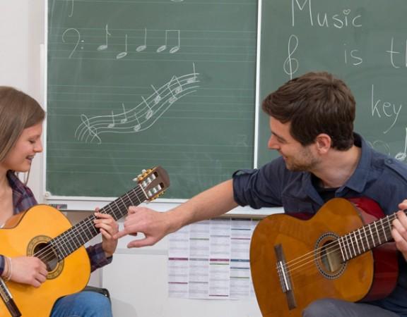 Gitarrenunterricht bei Polyhymnia, der Musikschule in Wien
